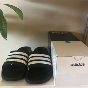 Adidas Slides Sandals Slip ons size 12 in box.